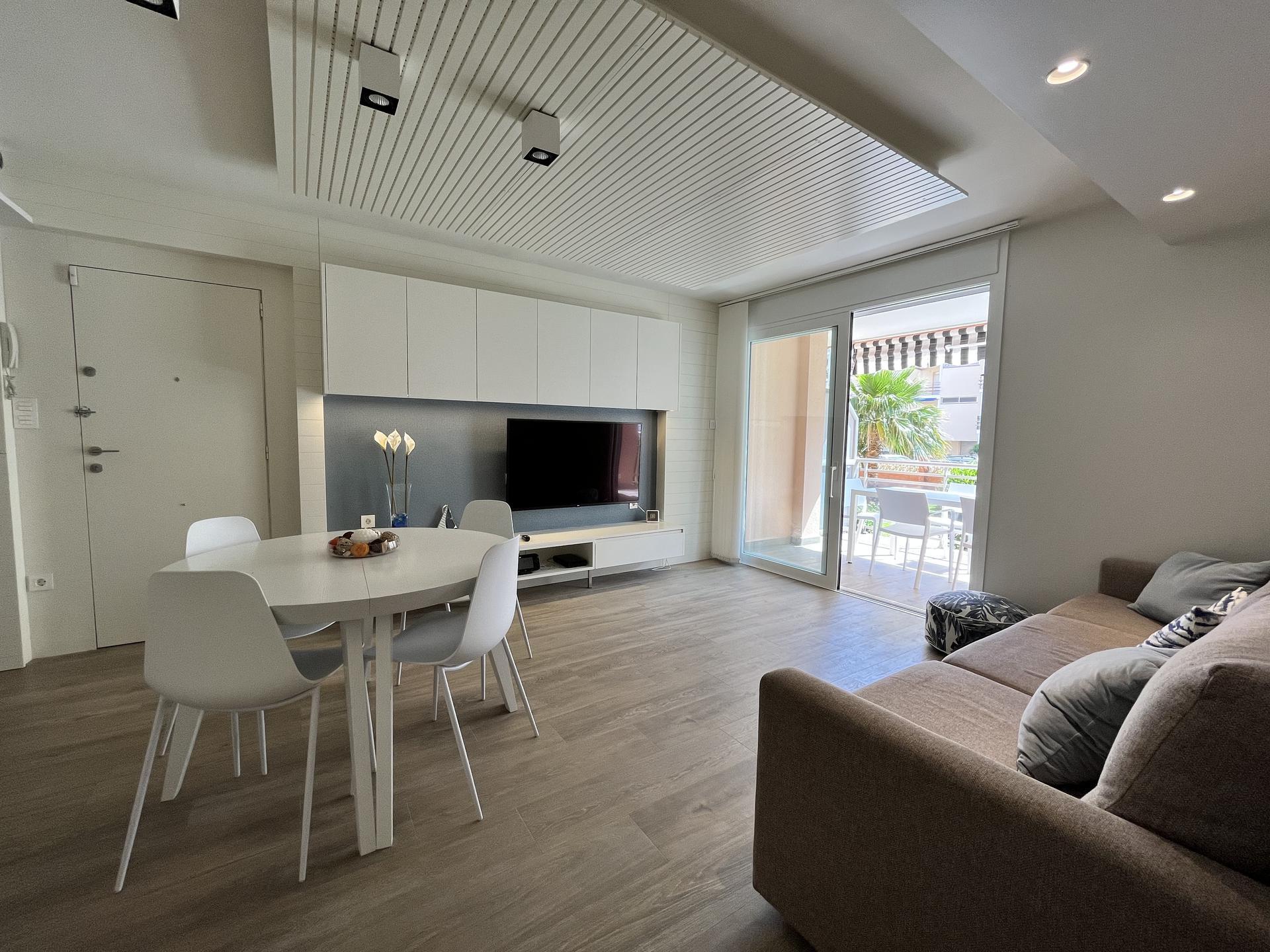 Apartamento -                                       Cambrils -                                       3 dormitorios -                                       8 ocupantes